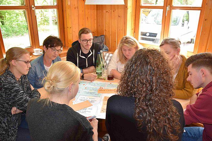 Spiel, Spaß & (Denk-)Sport: Team-Tag der Fachverlage